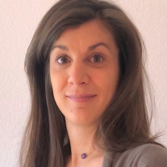 Dr Jessica Ezri